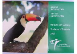 Bu set Suriname 2005